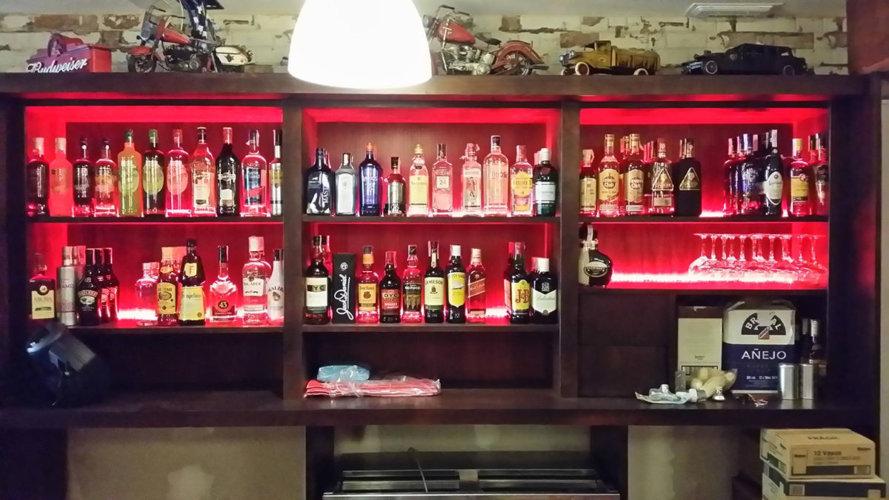 Instalaciones eléctricas en restaurantes. Luz indirecta - Electricistas en Córdoba